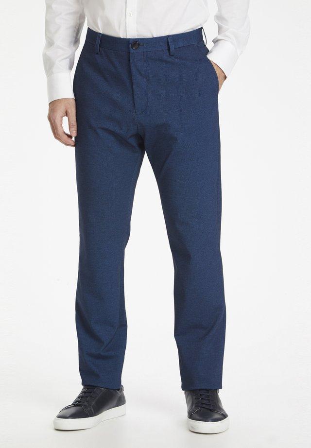 MAPATON JERSEY PANT PIQUE - Pantalon de costume - mediterranien blue