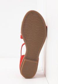 s.Oliver BLACK LABEL - Sandales - red - 6