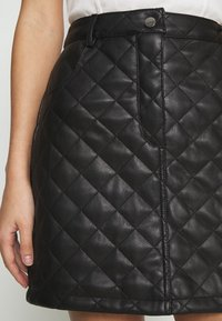 Miss Selfridge - QUILTED SKIRT - A-line skirt - black - 4