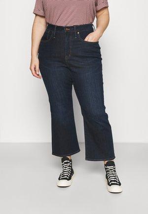 CALI DEMI RAW - Bootcut jeans - larkspur