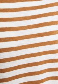 Rich & Royal - HEAVY LONGSLEEVE STRIPED - Long sleeved top - toffee - 2