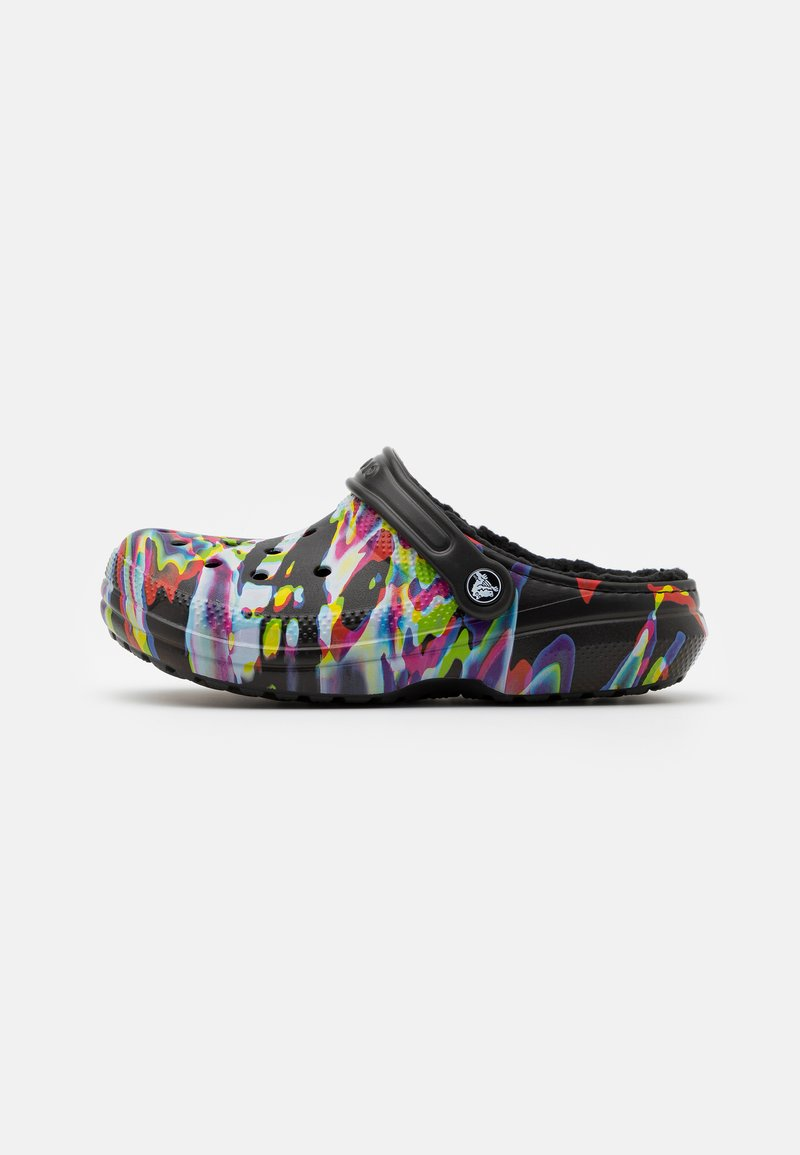 Crocs - CLASSIC OUT OF THIS WORLD UNISEX - Kapcie - black/multicolor