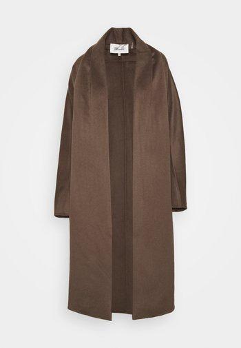 RAY COAT - Classic coat - chestnut
