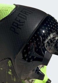 adidas Performance - PREDATOR MUTATOR 20.1 FOOTBALL BOOTS FIRM GROUND UNISEX - Moulded stud football boots - siggnr/ftwwht/cblack - 9