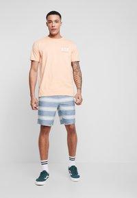 Quiksilver - GREATOTWAY - Shorts - majolica blue - 1