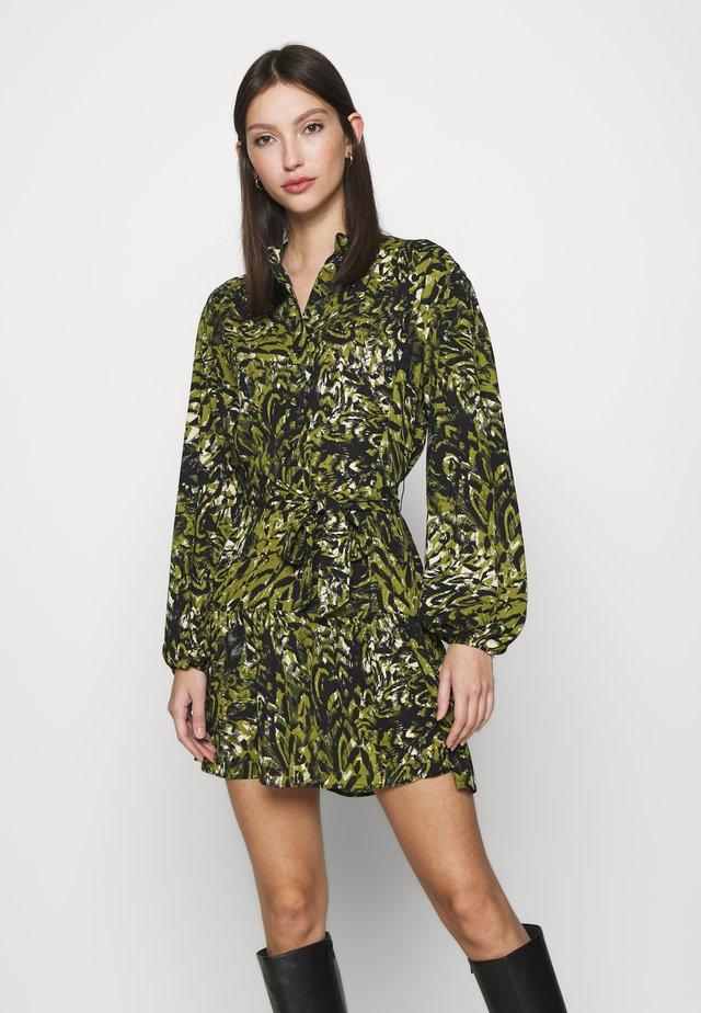 GREEN LEOPARD FRILL  - Sukienka letnia - khaki