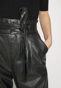 Vero Moda - VMEVA PAPERBAG ANKLE PANTS - Trousers - black - 7