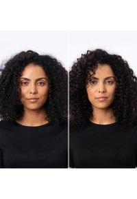 Redken - REDKEN FRIZZ DISMISS ANTI-STATIC OIL MIST  - Hair treatment - - - 1