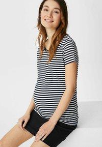 C&A - Print T-shirt - dark blue / white - 2