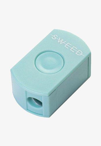 PEN SHARPENER - Eye makeup tool - -