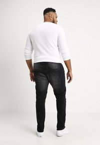 URBN SAINT - KYOTO WORKER - Slim fit jeans - black - 2