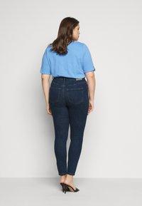 Vero Moda Curve - VMLOA - Skinny džíny - dark blue denim - 2