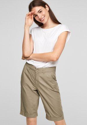 Short - summer khaki