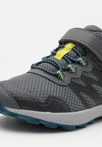 Merrell - NOVA 2 UNISEX - Hiking shoes - monument - 5