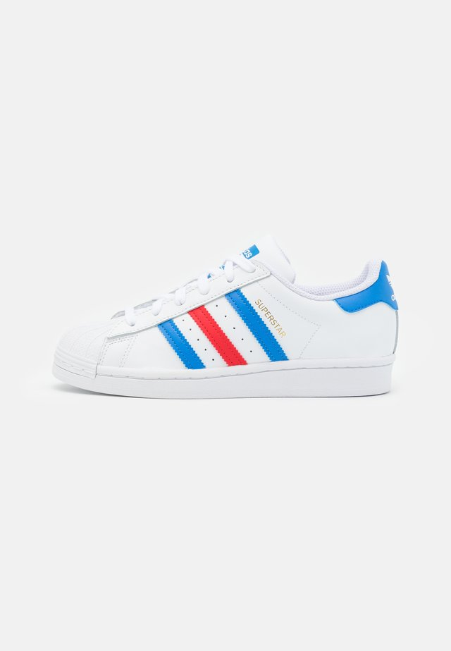 SUPERSTAR UNISEX - Sneakers - footwear white/true blue/gold metallic
