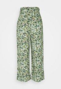 Marc O'Polo DENIM - PANTS WIDE LEG BELT - Kalhoty - multi/fresh herb - 1