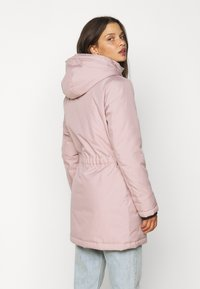 ONLY Petite - ONLIRIS - Parka - rose dust - 3