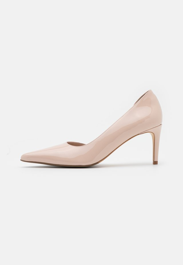 APRISIA - Classic heels - frappe