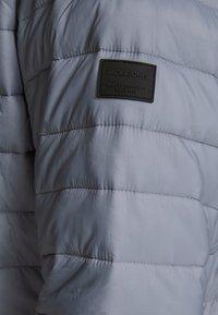Jack & Jones - JJEERIC PUFFER COLLAR - Light jacket - asphalt - 4