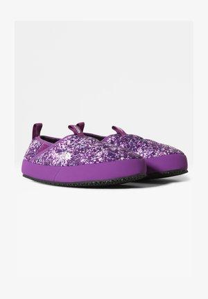 Pantofole - purple