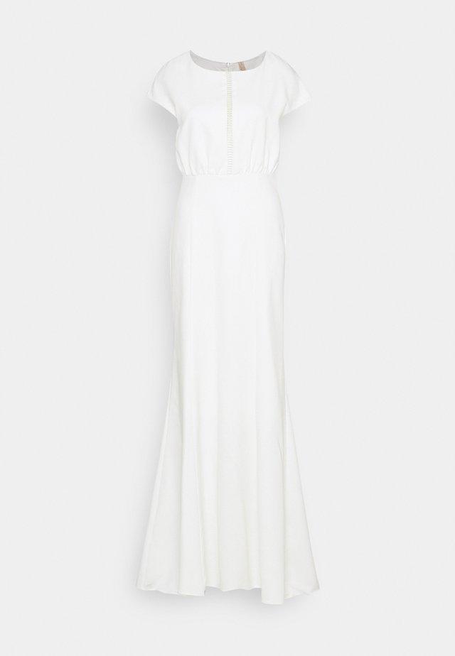 YASWESLEE MAXI DRESS CELEB - Ballkjole - star white