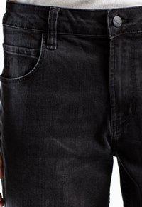 Reell - RAFTER - Denim shorts -  black denim - 3