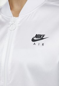 Nike Sportswear - AIR - Veste de survêtement - white - 6