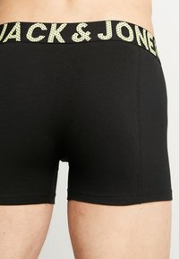 Jack & Jones - JACSUGAR SKULL TRUNKS 3 PACK - Culotte - diva pink/black - 2