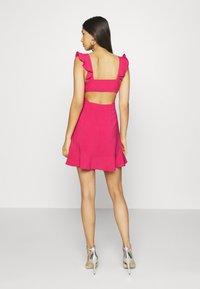NA-KD - PAMELA REIF X NA-KD FRILL DETAIL MINI DRESS - Day dress - rosewood - 2