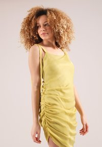 blonde gone rogue - GATHERED - Cocktail dress / Party dress - yellow - 3