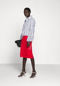 Sportmax Code - TAZZINA - Button-down blouse - weiss - 1