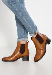 Pier One - Classic ankle boots - cognac - 0