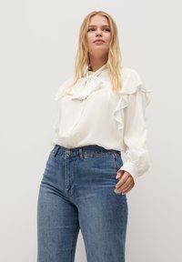 Violeta by Mango - LINDA - Button-down blouse - gebroken wit - 0