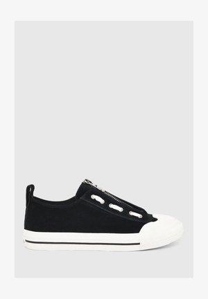 ASTICO - Sneakers basse - black