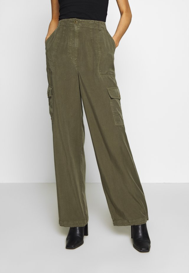 READY TO WEAR PANTS - Kalhoty - army