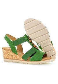 Gabor - Wedge sandals - grã¼n - 2