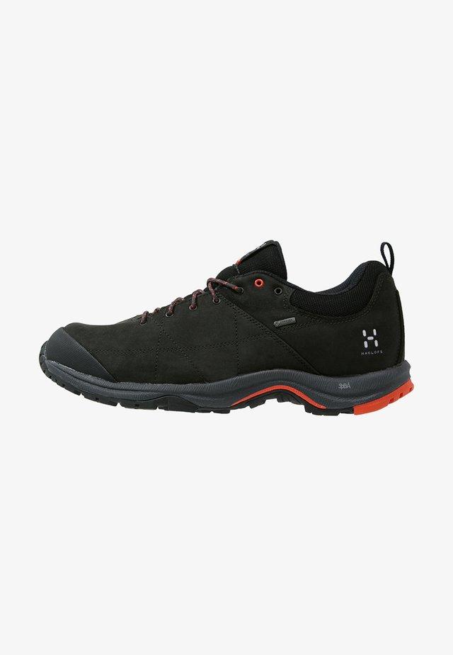 MISTRAL GT - Hiking shoes - true black/dynamite