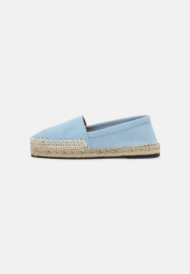 CAMPING - Espadrilky - light blue