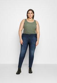 Noisy May Curve - NMLUCY  - Jeans Skinny Fit - dark blue denim - 1
