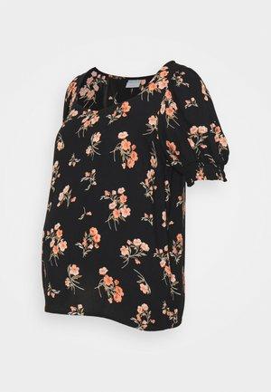 PCMTRINA - Print T-shirt - black