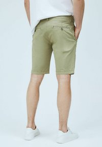 Pepe Jeans - Shorts - palm green - 2