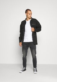 Tigha - ALBERT - Short coat - black/anthra - 1