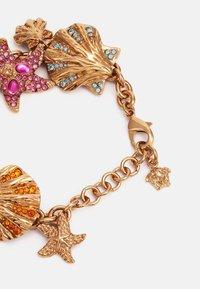 Versace - BRACELET TRESOR DE LA MER - Náramek - gold-coloured/multicolor - 1