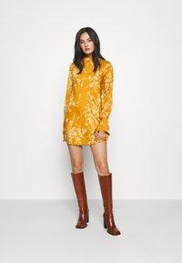 Free People - ARIES MINI - Day dress - golden combo - 1
