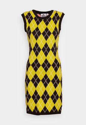 MERIT DRESS - Obleka/pulover - pink/black/lime