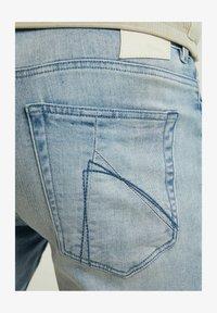 CHASIN' - Denim shorts - light blue - 3