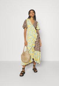 Never Fully Dressed - SPLICE ANIMAL CORDELIA WRAP DRESS - Day dress - multicoloured - 1