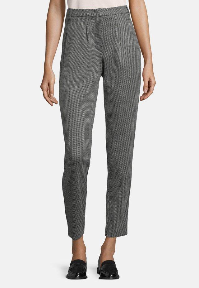 MIT EINGRIFFTASCHEN - Trousers - grey