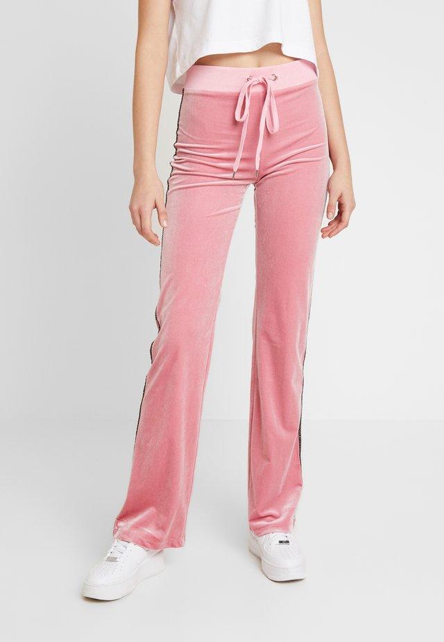 LAVINA TRACK PANT - Verryttelyhousut - baby pink