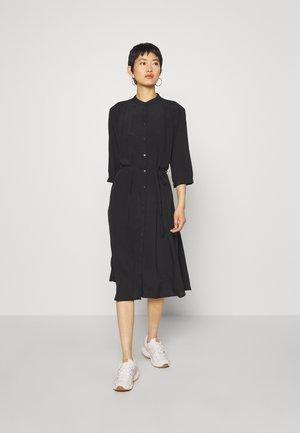 BENEDICTE MELODY 3/4 DRESS - Skjortekjole - black